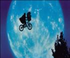 E.T. Ο Εξωγήινος - E.T. (1982)